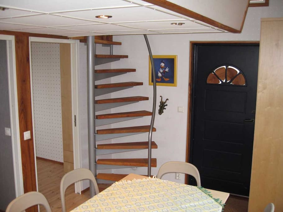 Entrance and the stair to the hanging sleeping room.