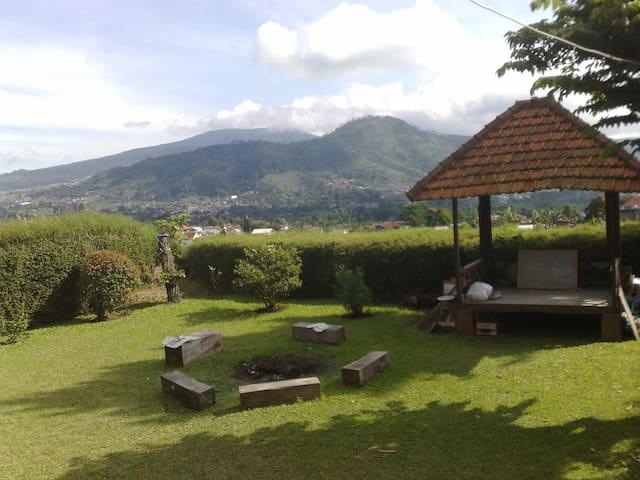 Villa 121 Lembang - Panoramic View - Lembang - Huvila
