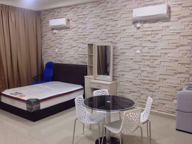 Cozy Private Studio Unit - Johor Bahru - Apartment