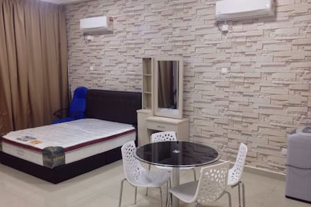 Cozy Private Studio Unit - Johor Bahru - Huoneisto