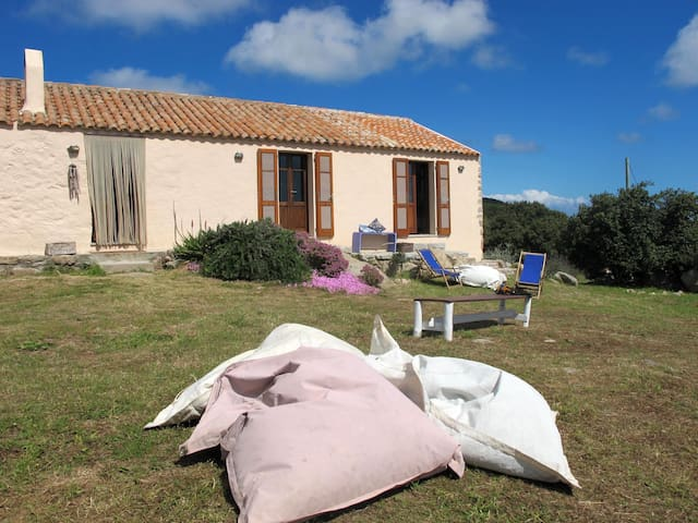 li caseddi b&b - Caresi - Bed & Breakfast