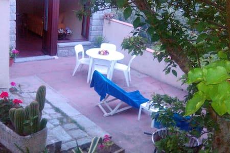 LAST MINUTE! ILE D'ELBE JOLIE  ET PANORAMIQUE - San Piero In Campo Livorno - อพาร์ทเมนท์