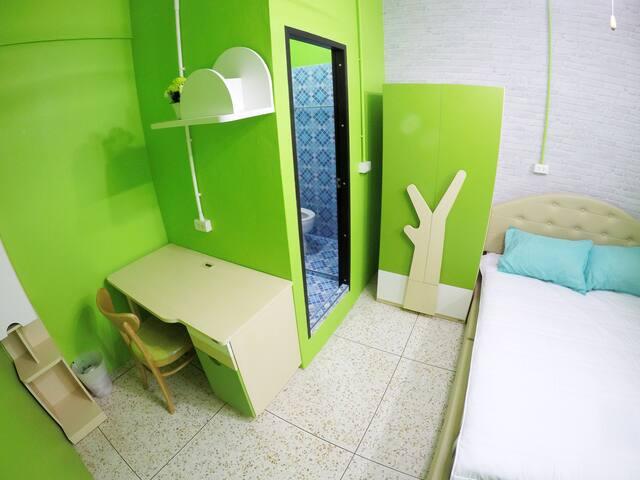 MeowHostel RoomFor2(A1)/Center of Bangkapi Bangkok