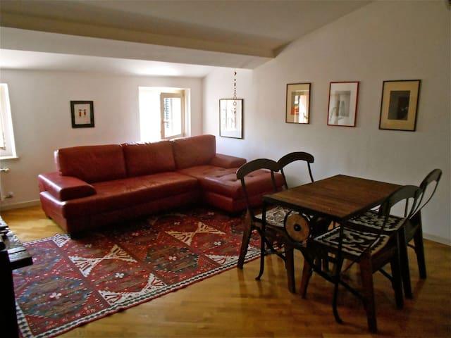 Romantic Verona Apt - Verona - Appartement