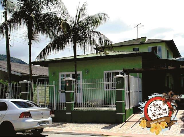 Casa 2 Quartos em Itapema Ótimo preço