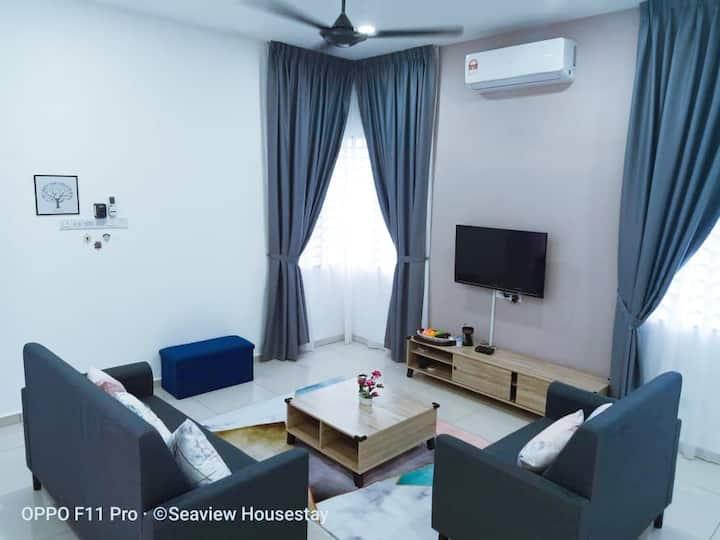 Sekinchan Semi-D 4R3B(15pax) Homestay~corner@WiFi