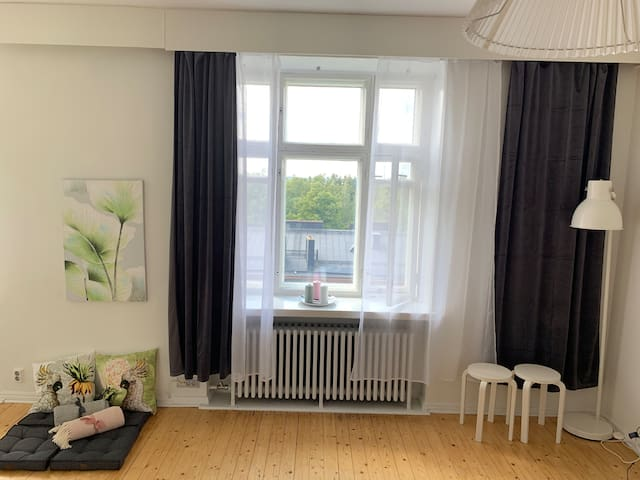Romantic nest in Töölö for 1-2 non-smokers
