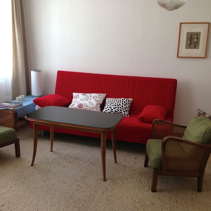 Living room / sofa can be converted to a double bed