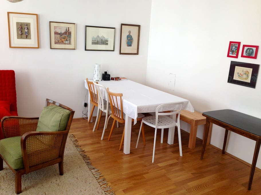 Living room / table for 7 persons