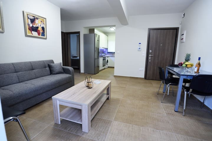 Modern Luxury Apartment in Kalamaria