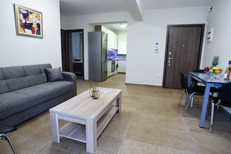 Modern Luxury Apartment in Kalamaria