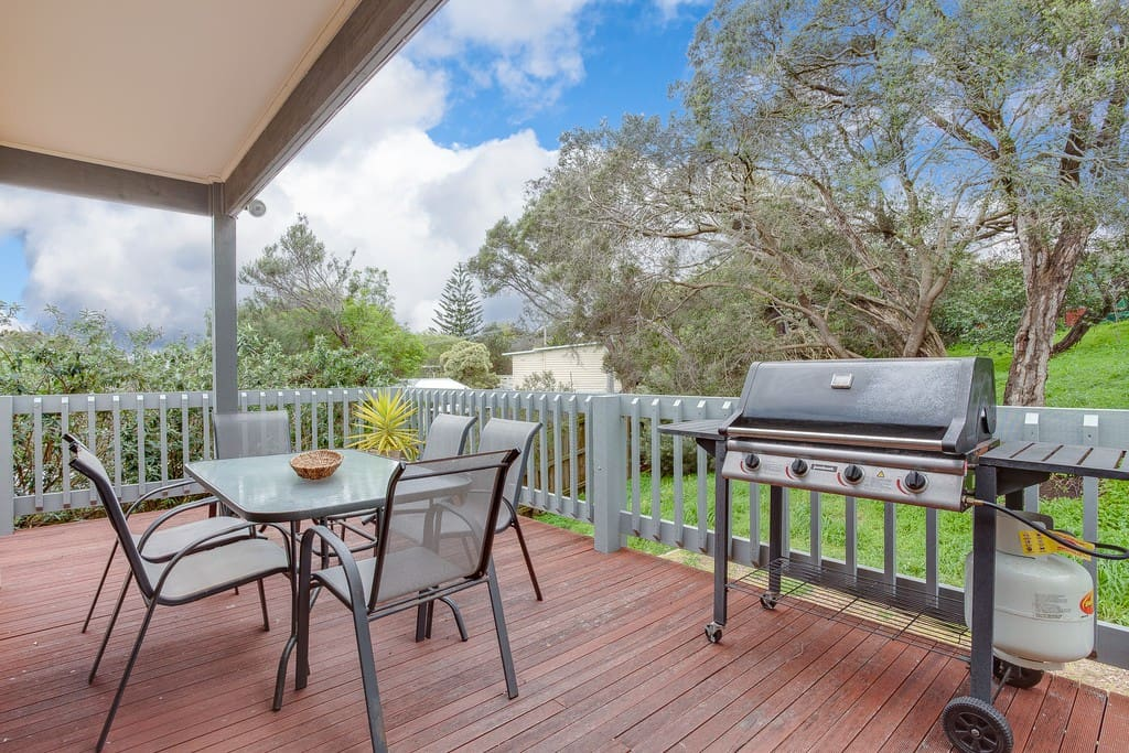 Private rear deck and bbq.