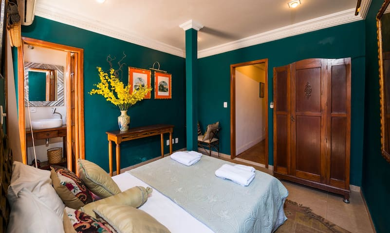 The Indigo Suite with Full Bathroom and Doors to Terrace