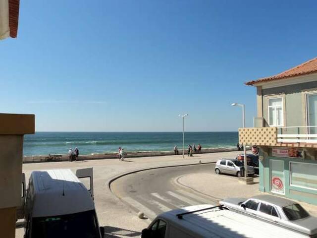 Apartment 35 km from Porto and Aveiro