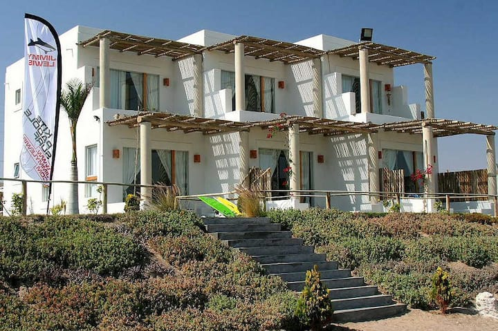 Beautiful Bayfront Villa (A side)