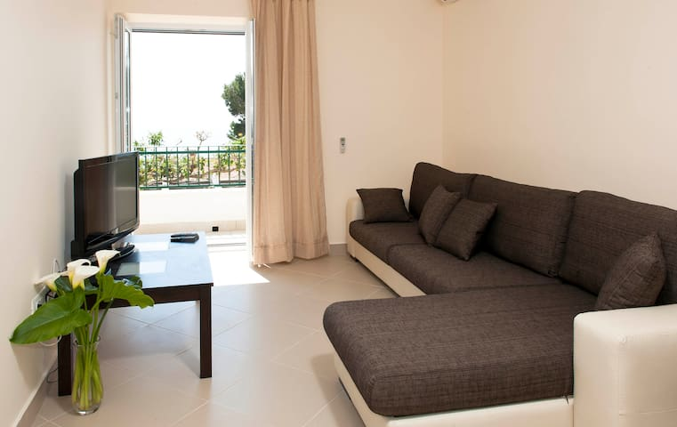 Cool Sea View Apartment (2+1),Mlini - Mlini