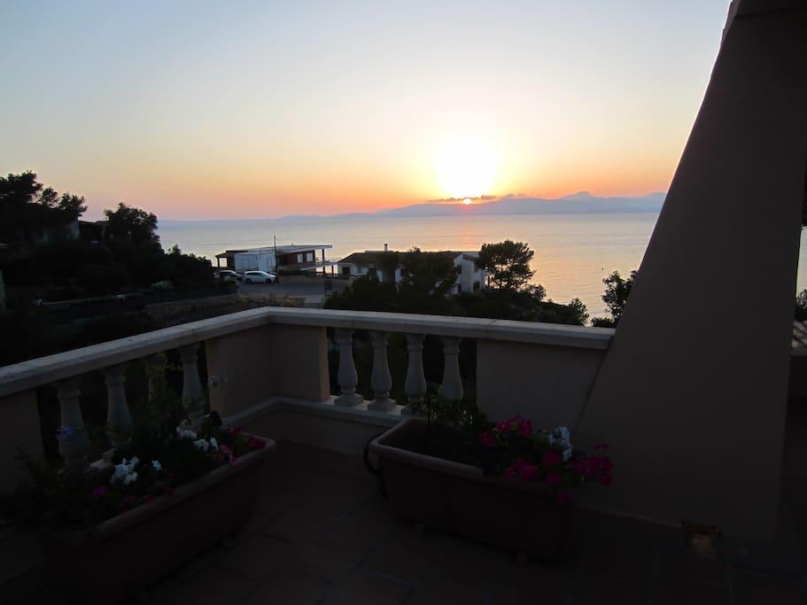 Puestas de sol increíbles a la bahía de Palma de Mallorca.