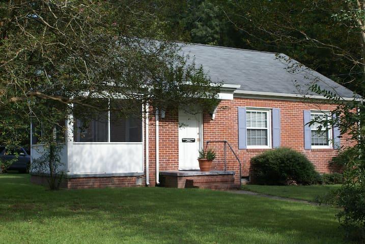 Clynder Cottage