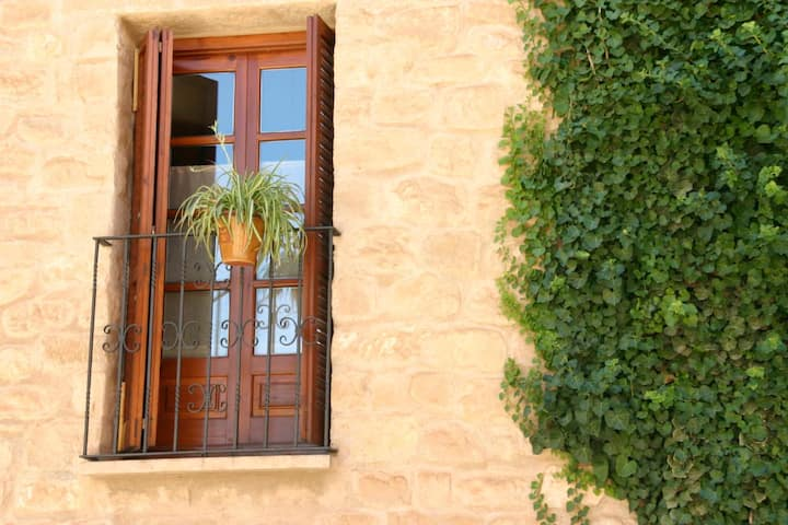 Casa de la Neveria en el Matarranya