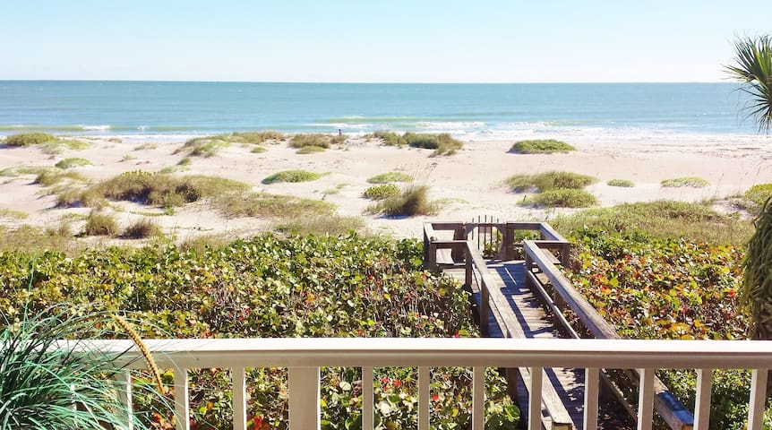 Beach Condo Panoramic Ocean View - Cocoa Beach - Appartement