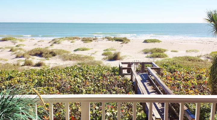 Beach Condo Panoramic Ocean View
