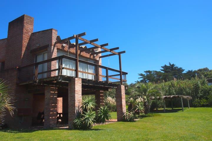 Casa de Heidi, La Pedrera, Uruguay - La Pedrera - House