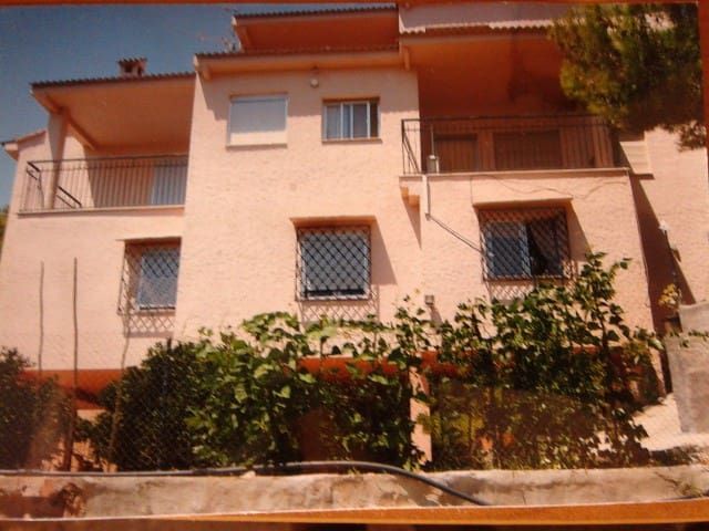 Detached Villa to rent!!