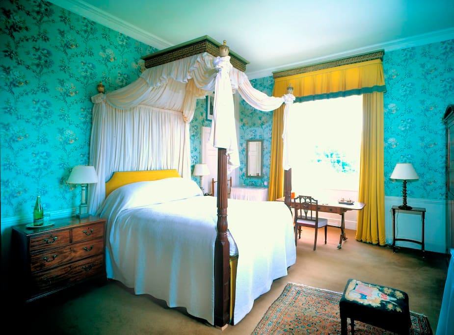 Lady Alice Double Room, with private external bathroom.