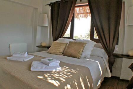 Torreta Suite, Gran Solarium (MED) - タリファ - 別荘