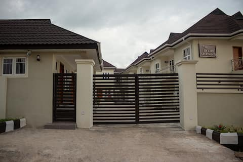 Ibadan Jericho Apartment Home.  3-bed Olive Suites