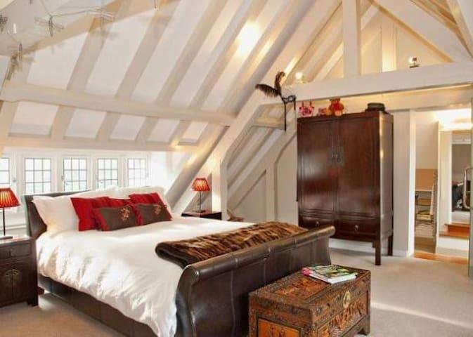 Cosy apartment for Royal Ascot - Ascot - Lägenhet