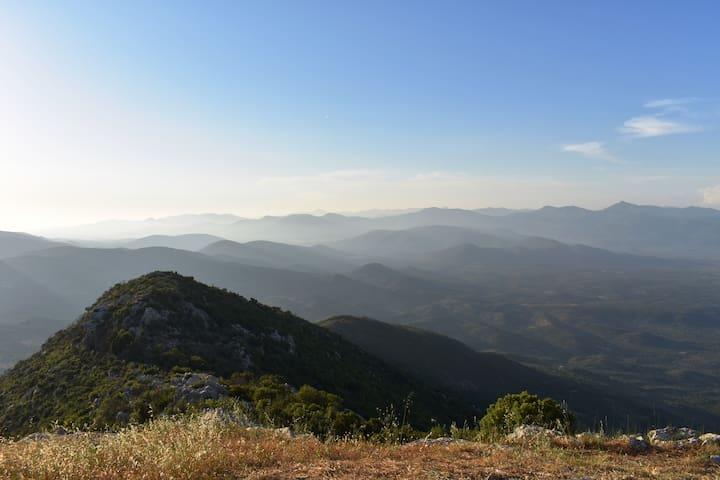 Θέα από το βουνό Ιθώμη/ view from Ithomi mountain