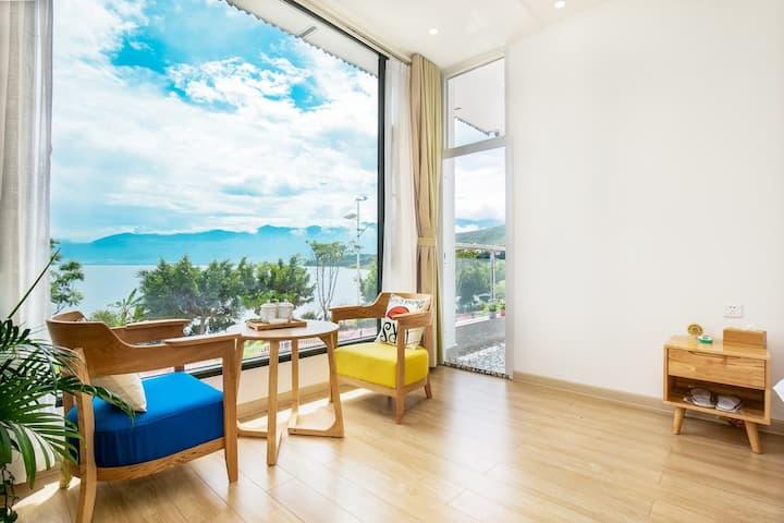 躺床上看洱海 海景3房住6-10人 出门就是洱海 最美海岸线起点 近高速口近机场近理想邦金梭岛