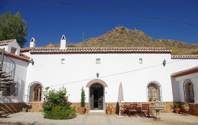 Cortijo-cueva granadino completo - Purullena - Haus