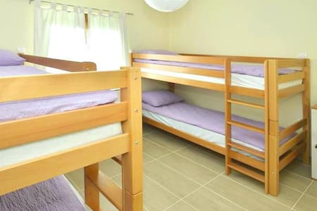 Single bed in 4-bed dormitory room - Mostar