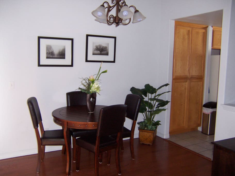 614 Airpark-Dining Room