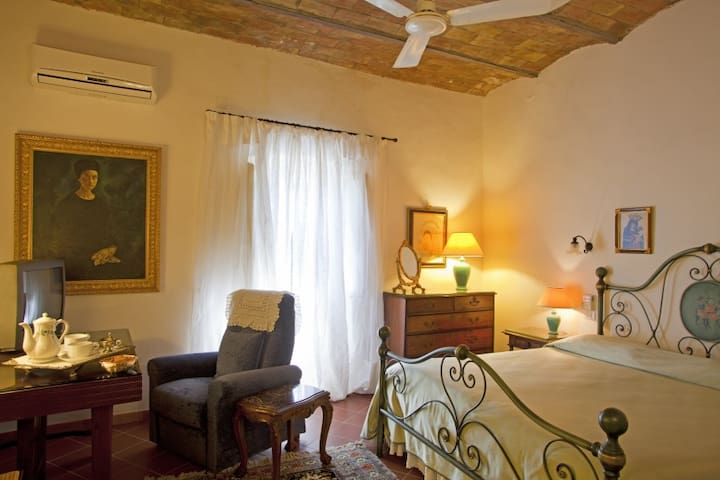 B&B Casa delle Camelie - Orchidee - Manciano - Bed & Breakfast