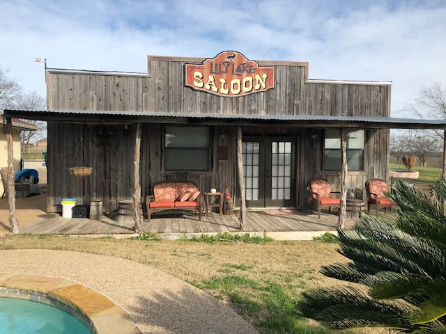 Lily Lake Vineyard Saloon