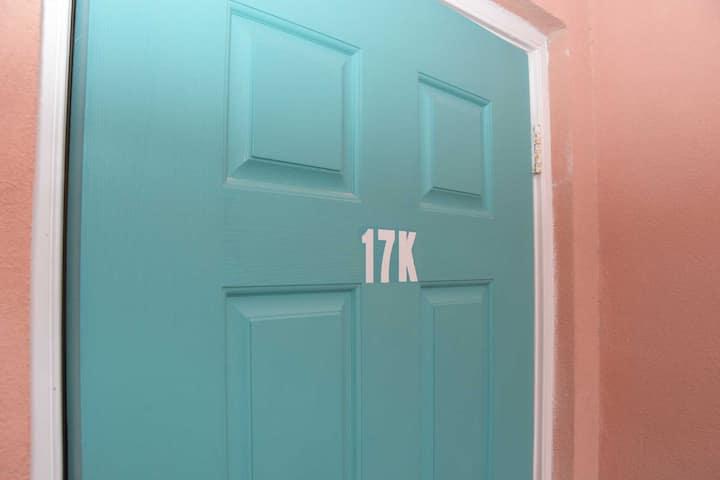 17k 1 bedroom Bimini Sands, direct marina front.