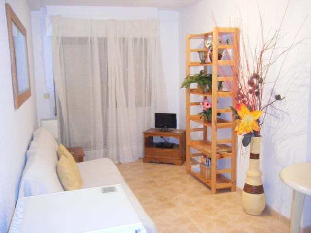 Apartment 2 minutes from beach - Torrevieja - Huoneisto