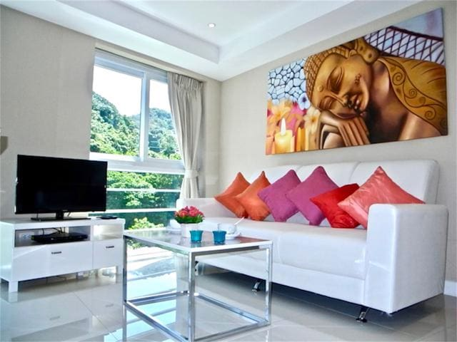 Well Decorated Apartment close to Kata Beach