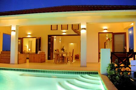 Villa SeruGrandi Curaçao - Grote Berg - Villa