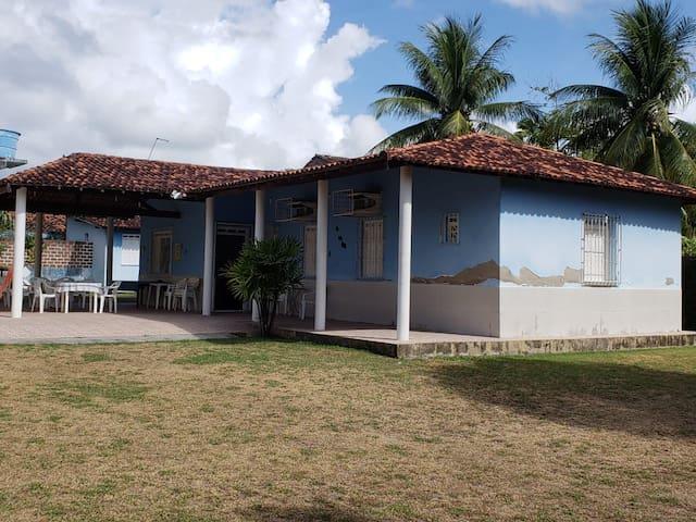 casa de praia em aratuba, de frente a praia