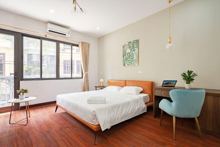 S Otel DN Spacious Designer Room 201 (No Lift)