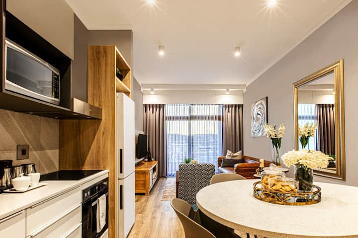 Menlyn Maine Residence Unit 1419