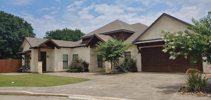 Beautiful Rustic Modern Home in Historic Gruene