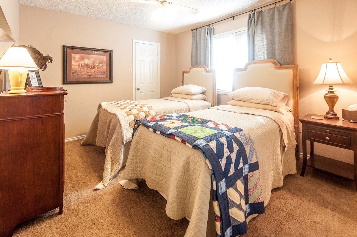 Comfy Twin Beds In Lubbock   Houses For Rent In Lubbock, Texas, United  States