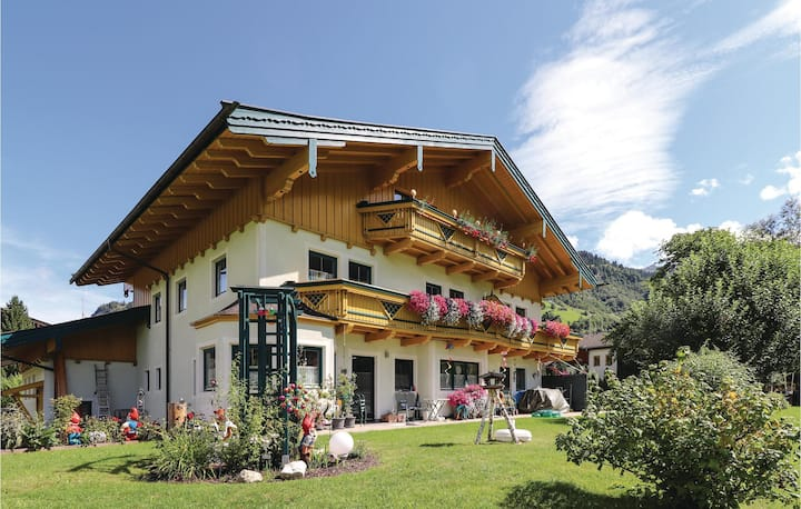 Amazing home in Rauris with WiFi and 2 Bedrooms