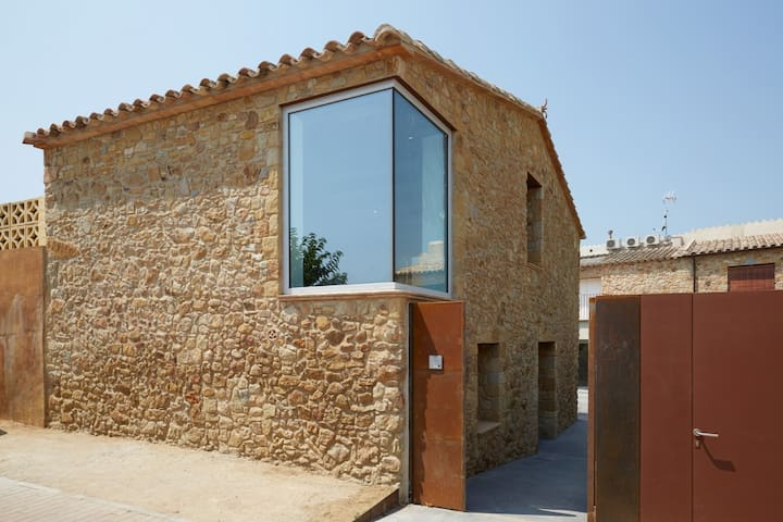 Traditional Stone house with sauna & jacuzzi - Pals  village (CE 3H 702)
