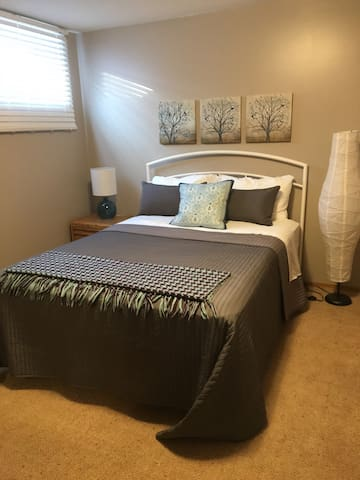 Spacious Lower Level Suite - Killarney, MB - Killarney - Bed & Breakfast